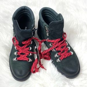Sorel Shoes - NEW Sorel Ainsley conquest boot suede laced